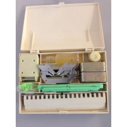 Zubehörbox komplettem Krallengewichte Motivleisten nüsschen etc. original Brother
